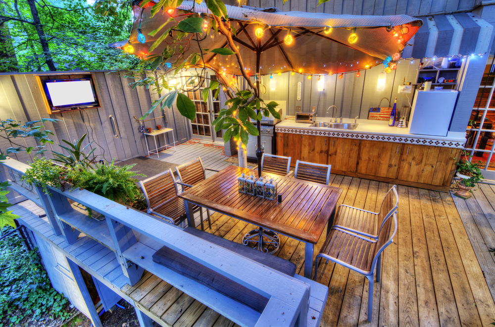 Painting vs. Staining Your Wooden Deck